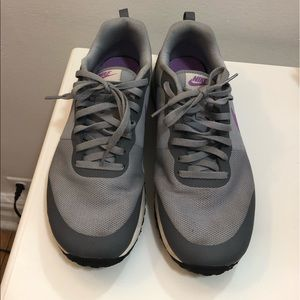 Gray and Lilac Women's Nike sneakers